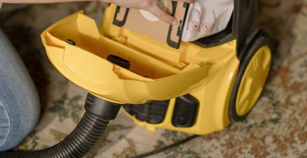 How to Put a Belt on a Kirby Vacuum Cleaner